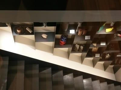 プルームショップ渋谷店の階段