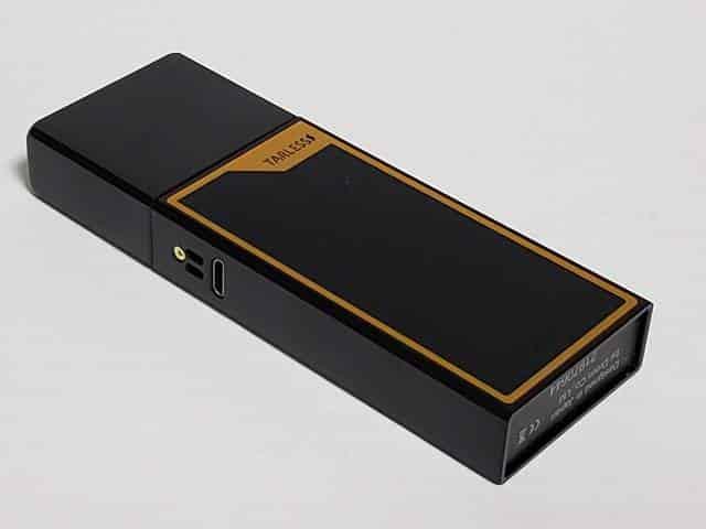 ブラック・ファイバー・ゴールドの限定デザイン・パネル