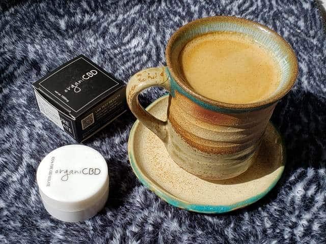 コーヒーとCBDクリスタル