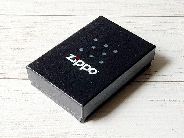 ハイライト60周年記念ZIPPOのパッケージ